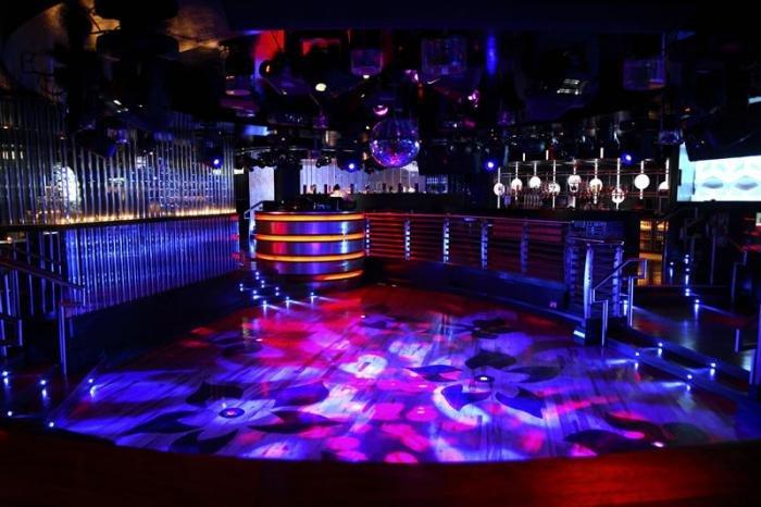 Ночные клубы москвы 24 часа 90е клубы москвы