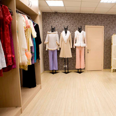 7900a7bd283b Где берут одежду для шоурума – Где шоу румы закупают одежду?