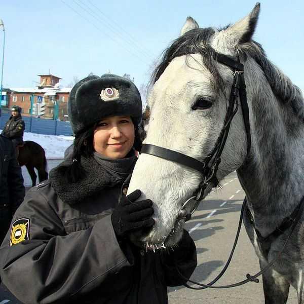 Работа кинолога в полиции для девушек в россии преимущественно функционирует девушка модель работы общеврачебной практики