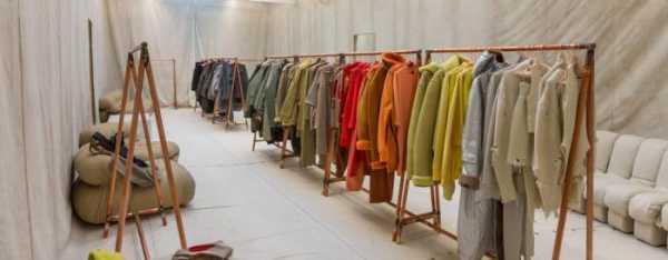 640720458dd1c Что такое шоу-рум одежды? Это студия или квартира, которые обустроены для  демонстрации клиентам тех или иных предметов гардероба.
